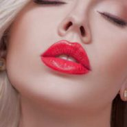 Is It Okay To Wear Lip Gloss Over Lipstick? Attain The Glam Look Easily!